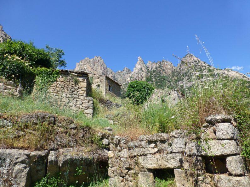 Muna village abandonné, Corse