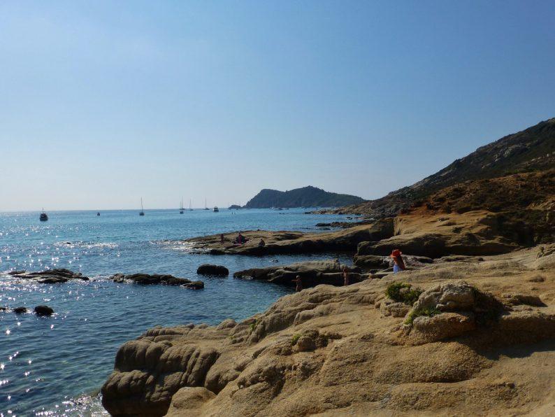 sentier du littoral de Gigaro à l'Escalet