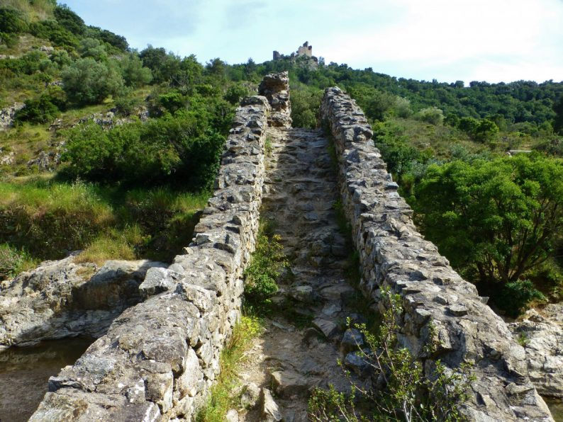 sentier le Pont des Fées, Grimaud