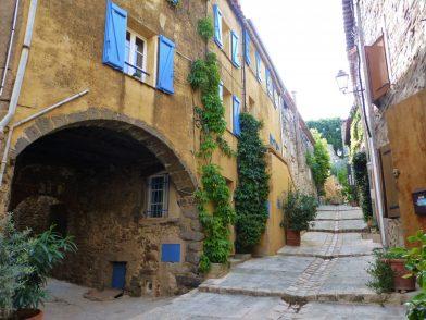 le village de Grimaud, Var