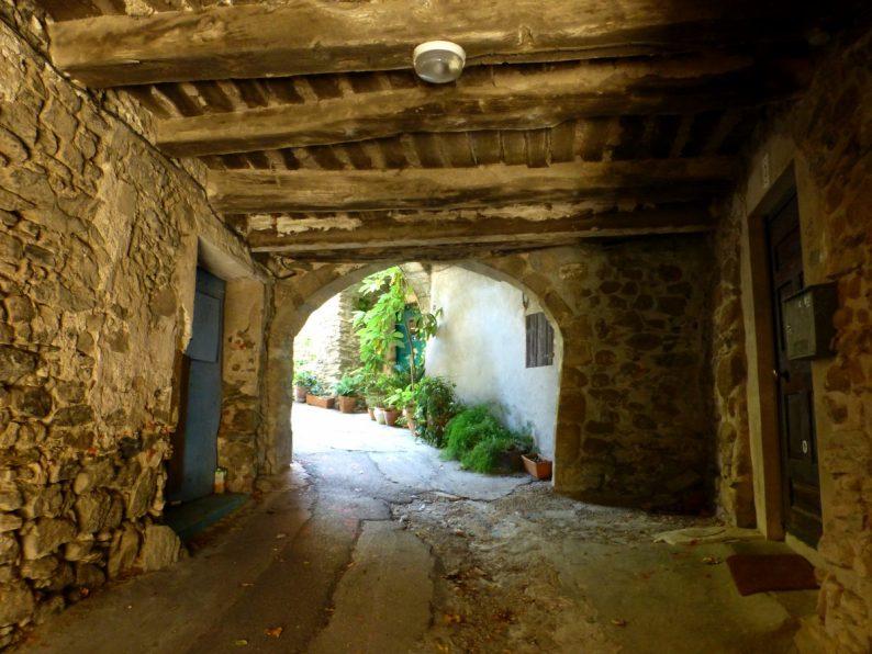 Passage couvert, Collobrières