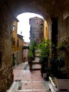 Les ruelles de la vieille ville, Menton